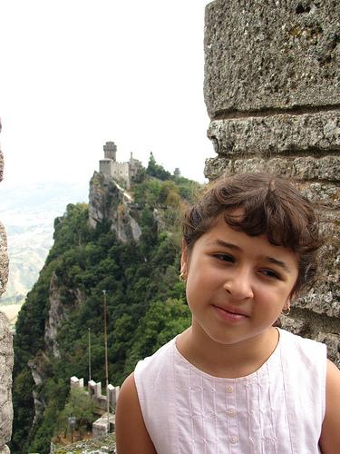 Kinder In San Marino Humanium