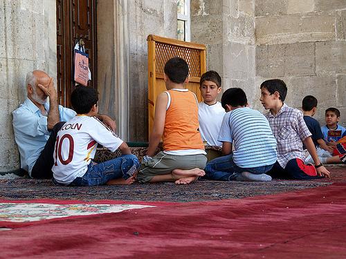 Niños Y La Religión Humanium