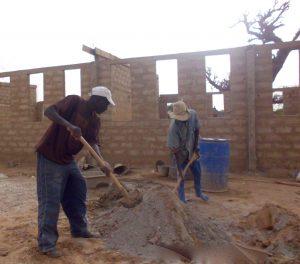 Construction école mars-juin 2015 (36)