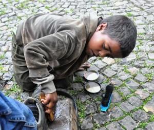 Shoe_Shine_Boy,_Ethiopia_(8198535107)
